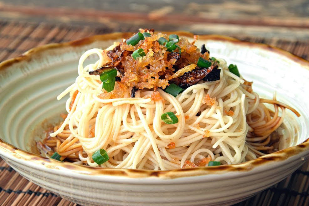 Chef Tsay Dry Noodles : Fried Shallots
