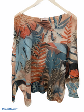 Load image into Gallery viewer, Jungle leopard light weight knit made in Italy