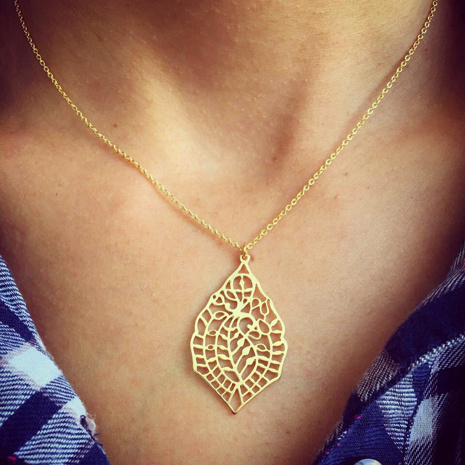 Filigree Leaf & Helen Chain Necklace