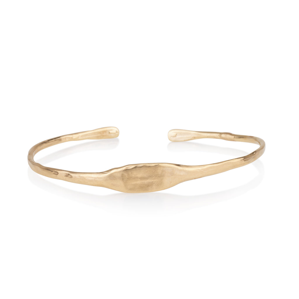 Flat in the middle cuff bracelet
