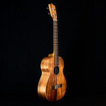 Load image into Gallery viewer, Kamaka HF-4 2020 Baritone Koa Ukulele (#200239)