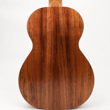 Load image into Gallery viewer, Kamaka HF2 2020 Koa Concert Ukulele (#200494)