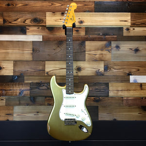 Fender 923-1011-590 Custom Shop 1964 Strat Relic, Faded Aged Shoreline Gold