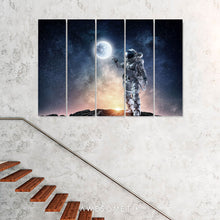 Load image into Gallery viewer, Spaceman