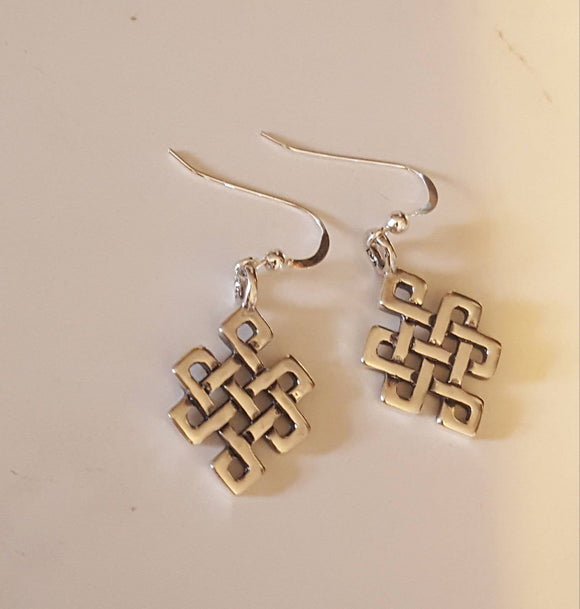 Endless knot earrings in Sterling Silver