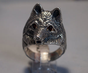 Wolf Ring with Gemstone Eyes in Sterling Silver