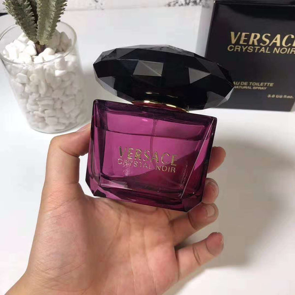 Versace Crystal Noir 50 ml Eau De Toilette Spray for Women