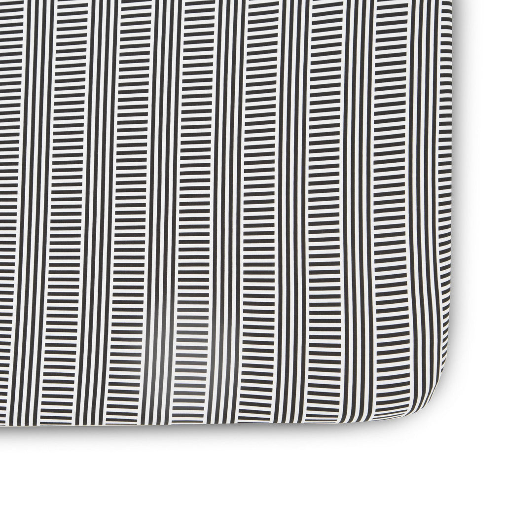 Black and White Patterned Crib Sheet