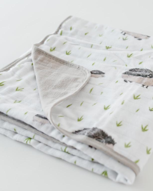 Deluxe Muslin Quilt in Hedgehog  - The Project Nursery Shop - 2