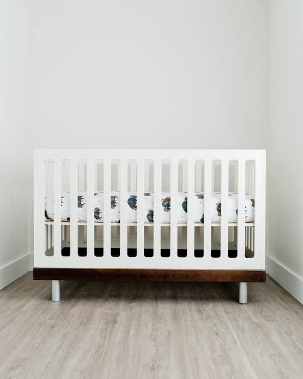 Percale Crib Sheet in Bison