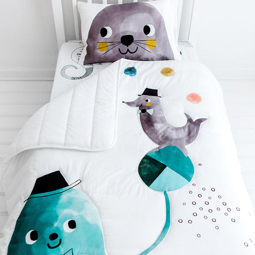 Jellyfish Toddler Comforter - Project Nursery