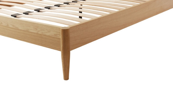 CBD004-VN-BD005-VN 150cm Queen Low Spindle Bed Base