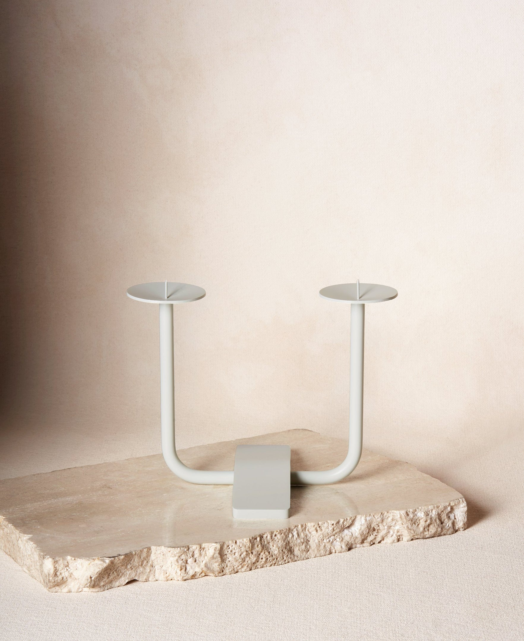 Rest Candleholder in Cloud white