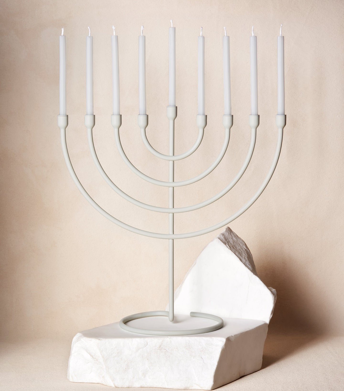 Load image into Gallery viewer,  Chanukah Candles in Cloud White with Chanukiah Via Maris