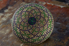 Load image into Gallery viewer, Maple Basket Illusion Bowl Flower Pattern