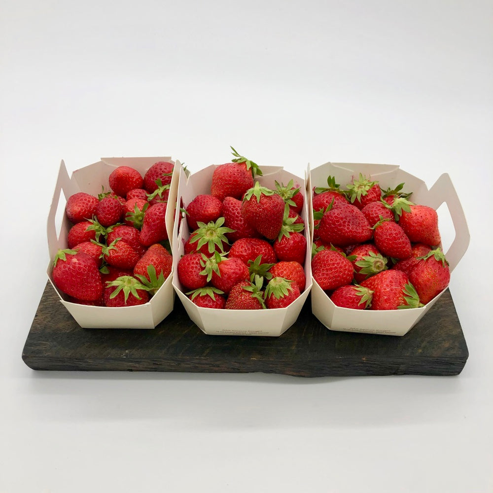 Load image into Gallery viewer, Brambletye Fruit Farm Organic Strawberries