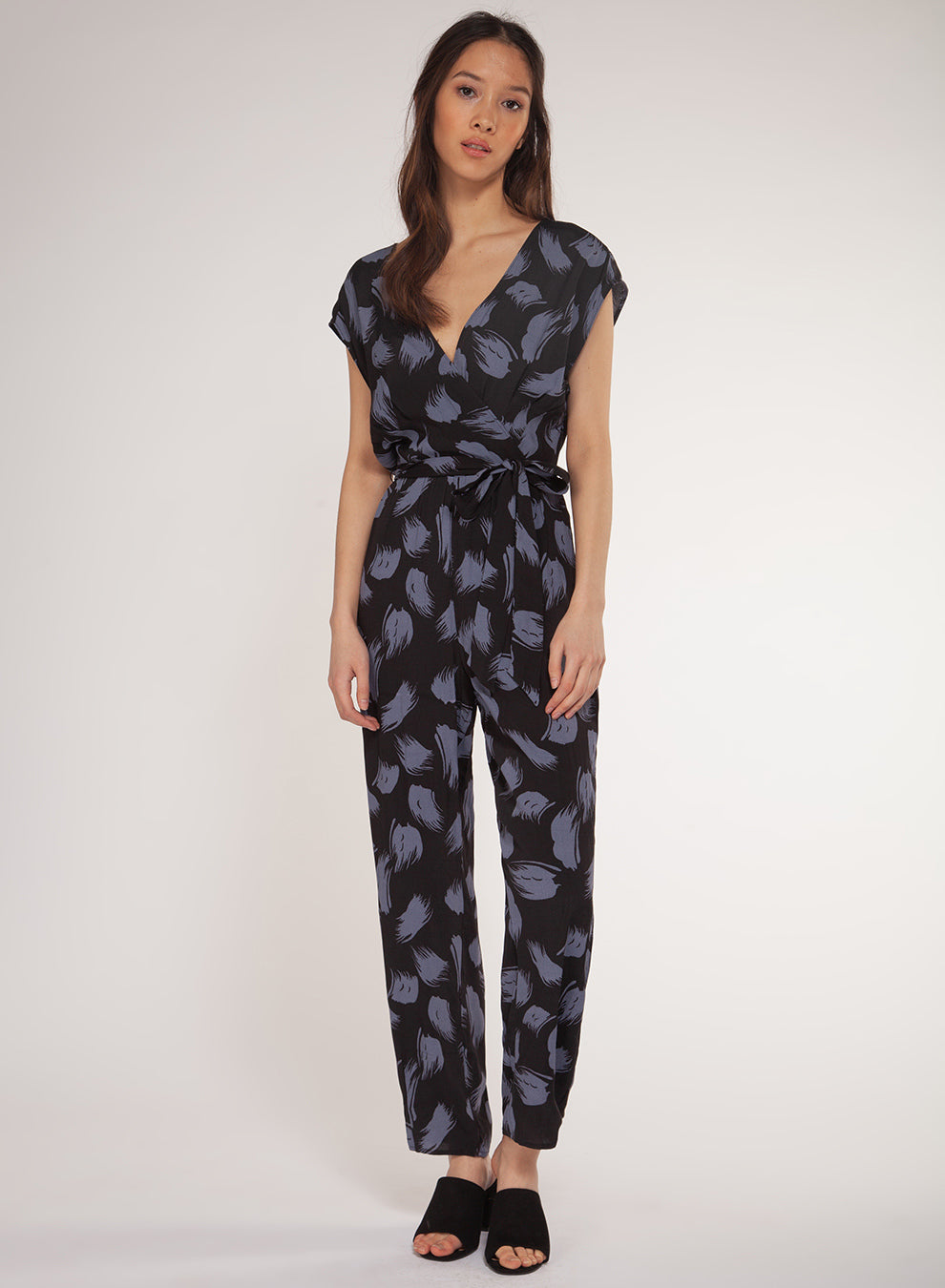 CAP SLEEVED JUMPSUIT W/ FAUX WRAP TOP- BLACK & BLUE FEATHER