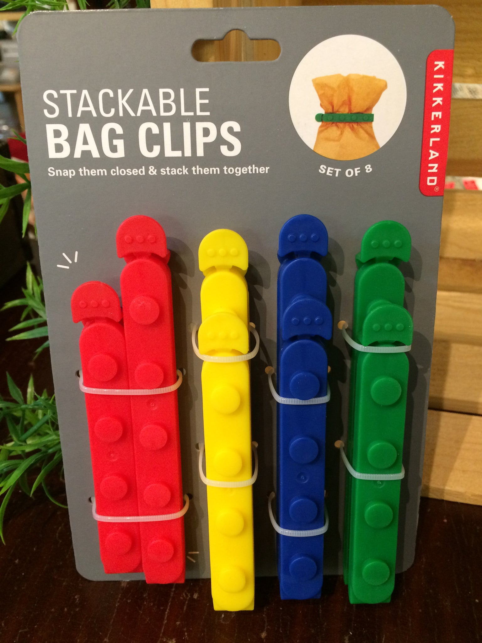 STACKABLE BAG CLIPS
