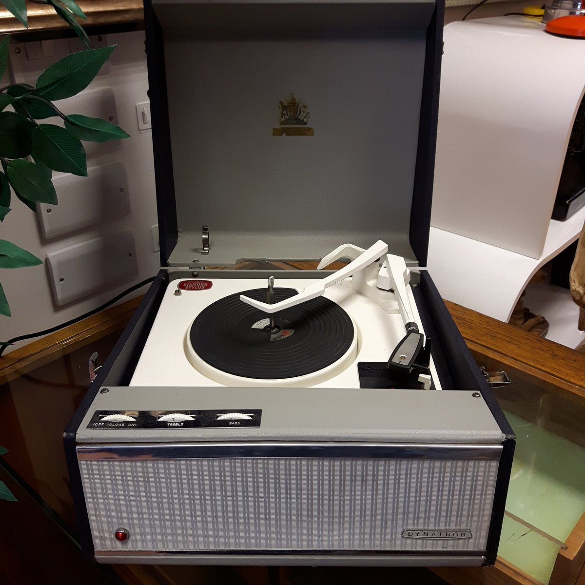 Dynatron Carnival GR8 Record Player
