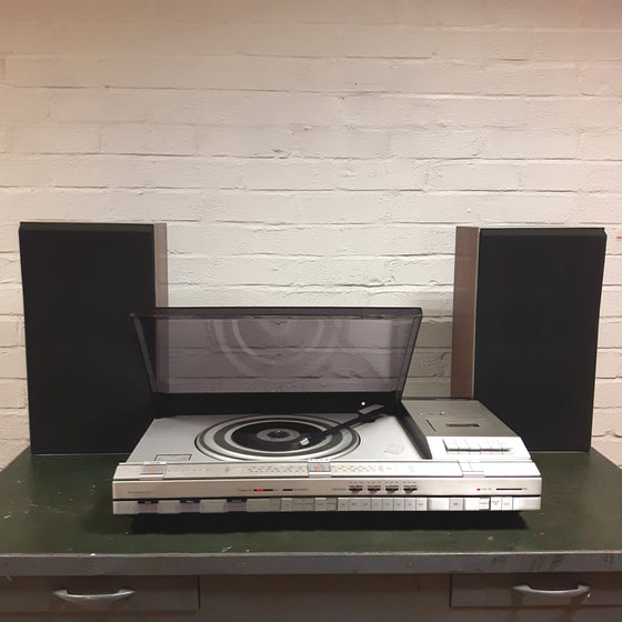 how to take older record player appart