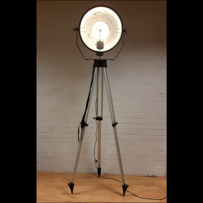 Tripod Spotlight (Black)