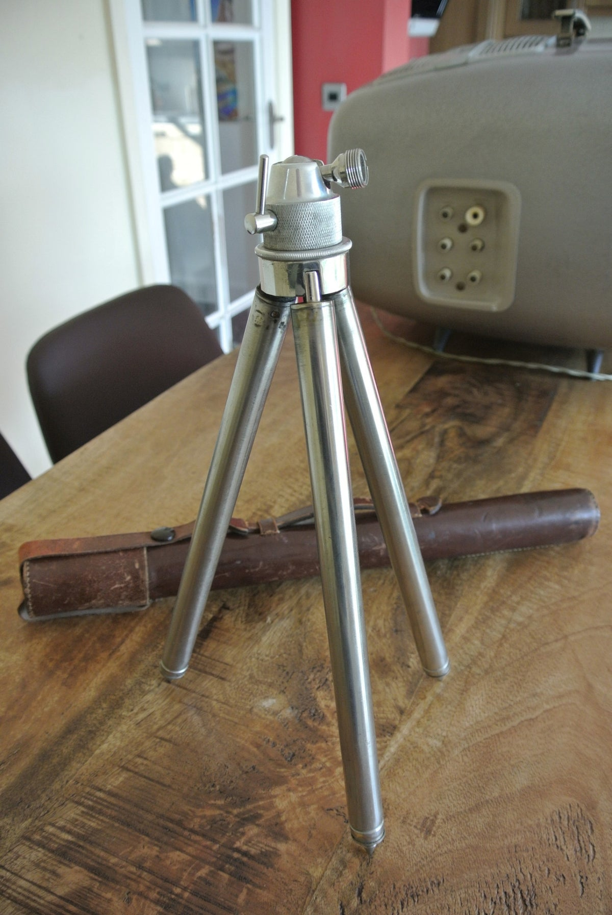 Extending Camera 'Campaign' Tripod - Stainless Steel