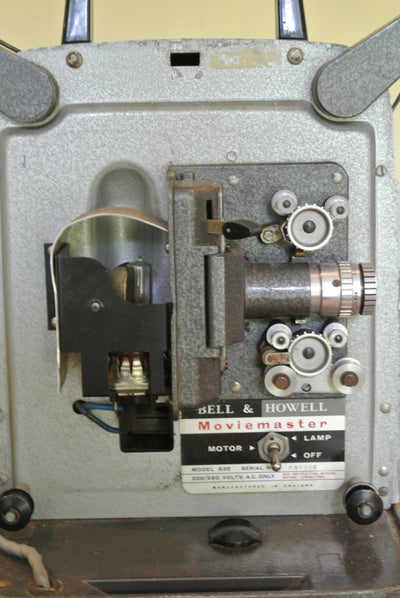 Vintage Bell & Howell Model 635 8mm cine projector