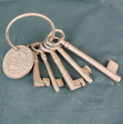 Decorative set of keys