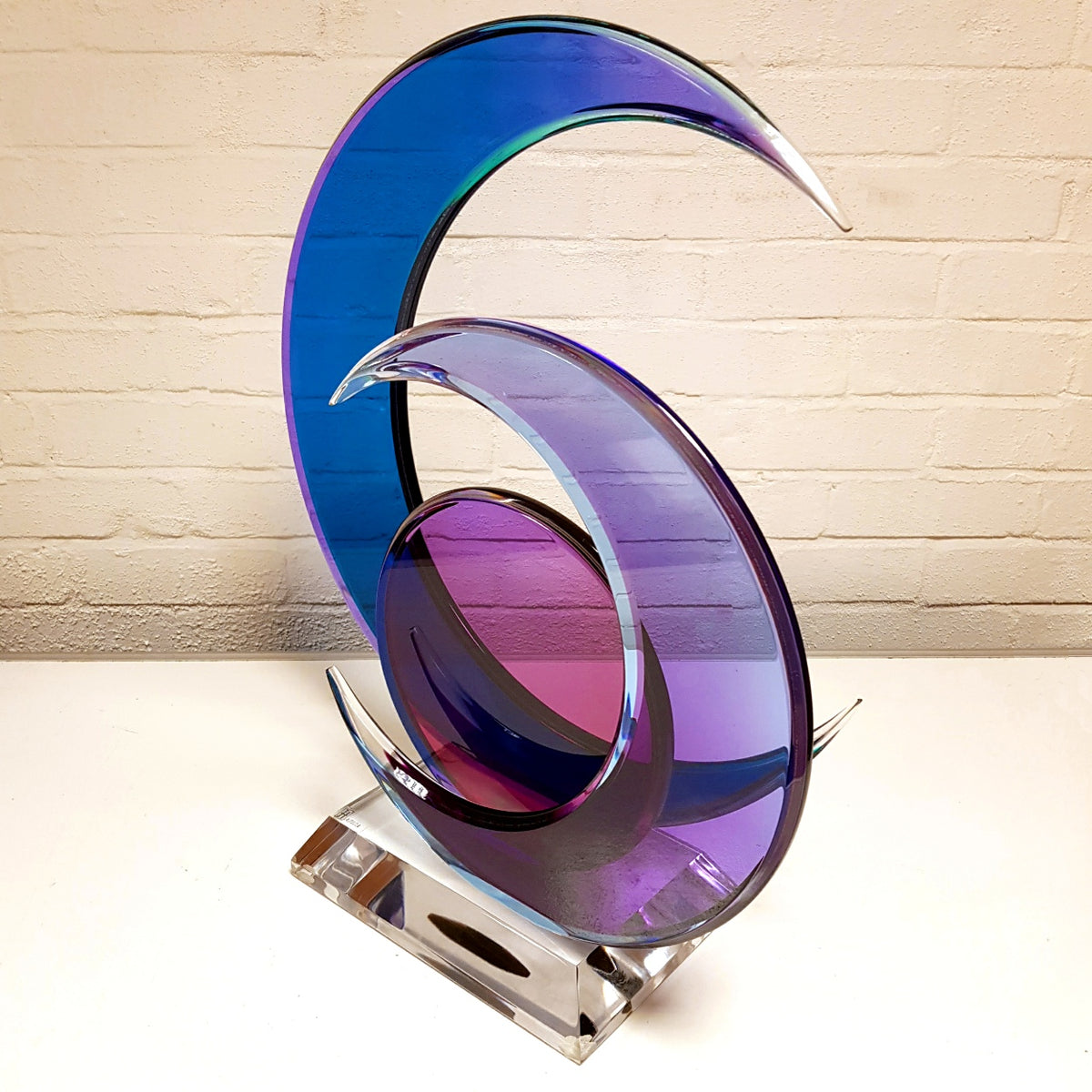 Shlomi Haziza Lucite Sculpture
