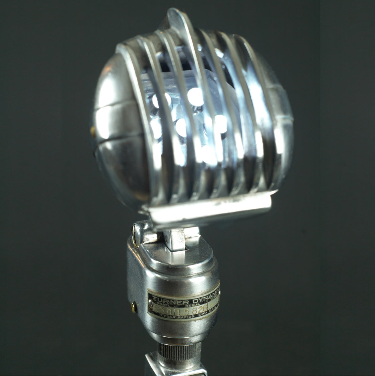 Turner Dynamic 33 Mic Lamp