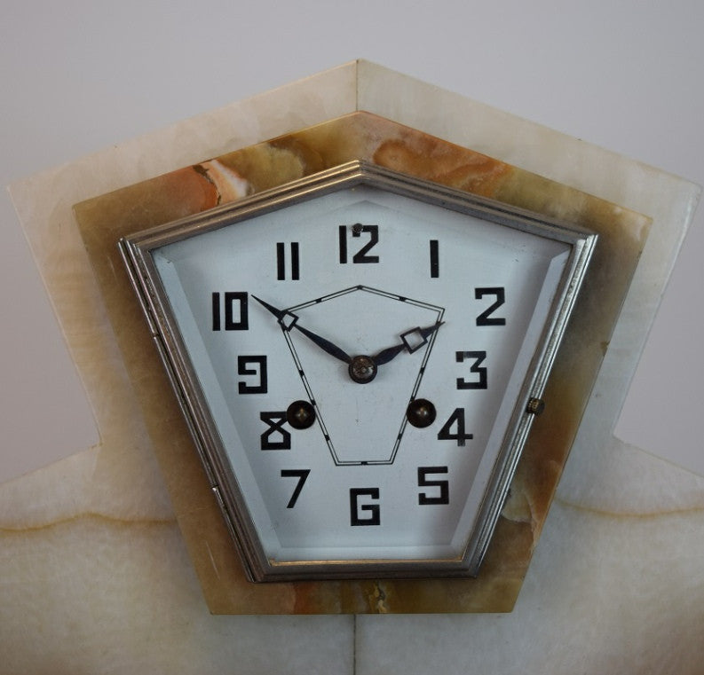 Art Deco Chiming Mantle Clock