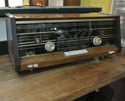 Vintage Philips radio