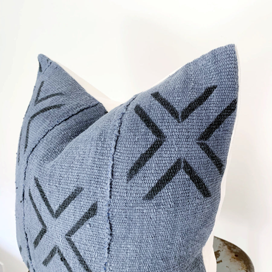 Mudcloth Pillow Cover - Gray Crossroads  (square)