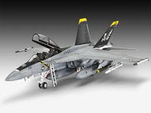 Load image into Gallery viewer, REVELL MODEL SET F/A HORNET