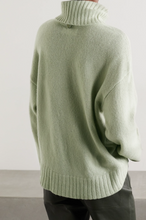 Load image into Gallery viewer, Vester Oversized Knit