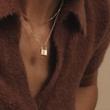 Load image into Gallery viewer, Holmes Necklace