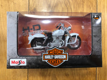 Load image into Gallery viewer, Harley-Davidson® 1952 K Model 1:18 Maisto Diecast Scale Model Bike