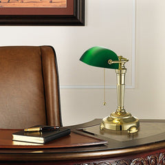Green Glass Shade Bankers Lamp<br/>古典桌燈 - Shark Tank Taiwan