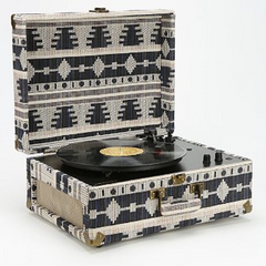 Crosley AV Room Geo Fabric Record Player - Shark Tank Taiwan 歐美時尚生活網