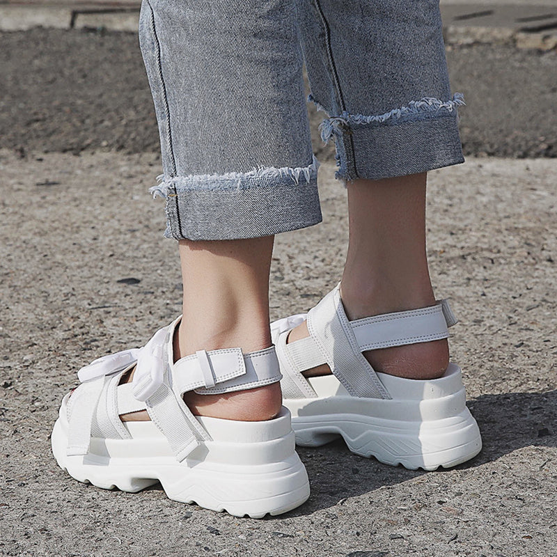 Buckle Design White 7cm Increasing Sandals