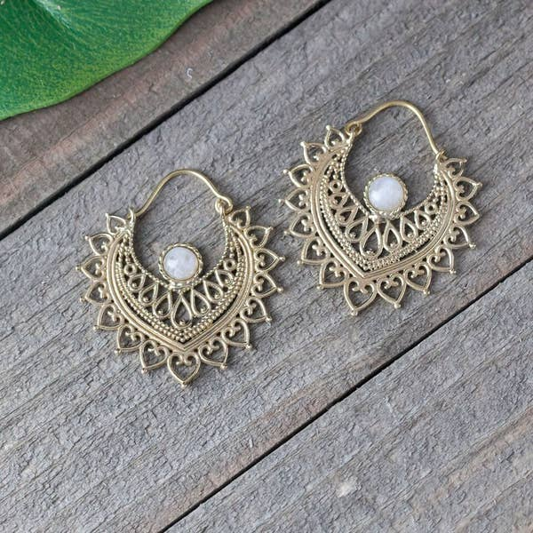 Sunburst Stone Earrings - BE082
