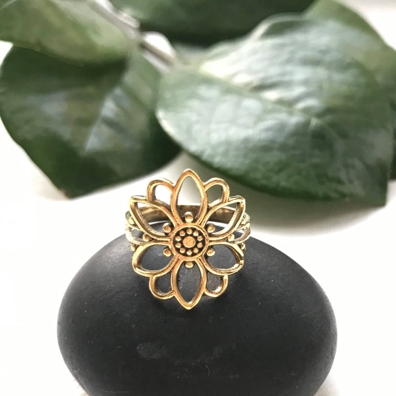 BE134  Brass Floral Mandala Ring
