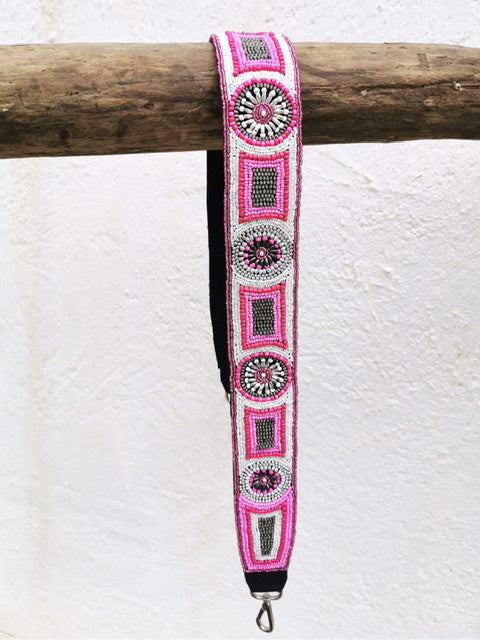 Shoulderstrap beaded pink