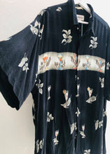 Load image into Gallery viewer, Vintage shirt    H11