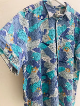 Load image into Gallery viewer, Vintage shirt    H16