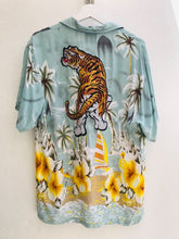 Load image into Gallery viewer, Vintage shirt    H21