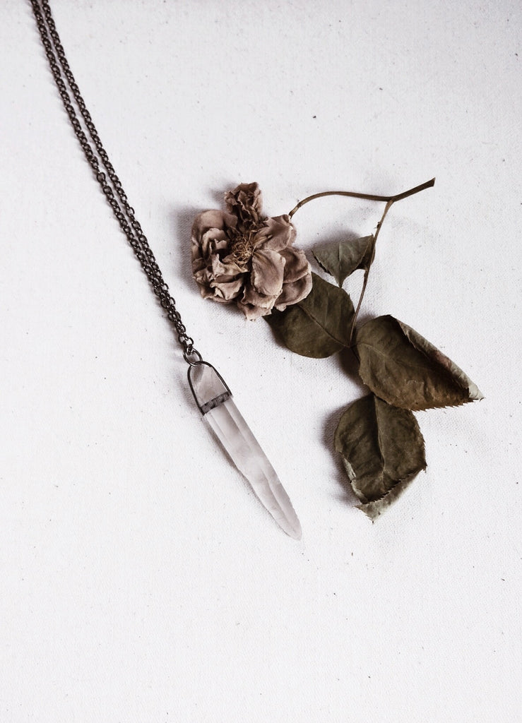 'Oblivion of the waves' - Smoked Key Quartz with star markings, Sterling Silver crystal shard amulet