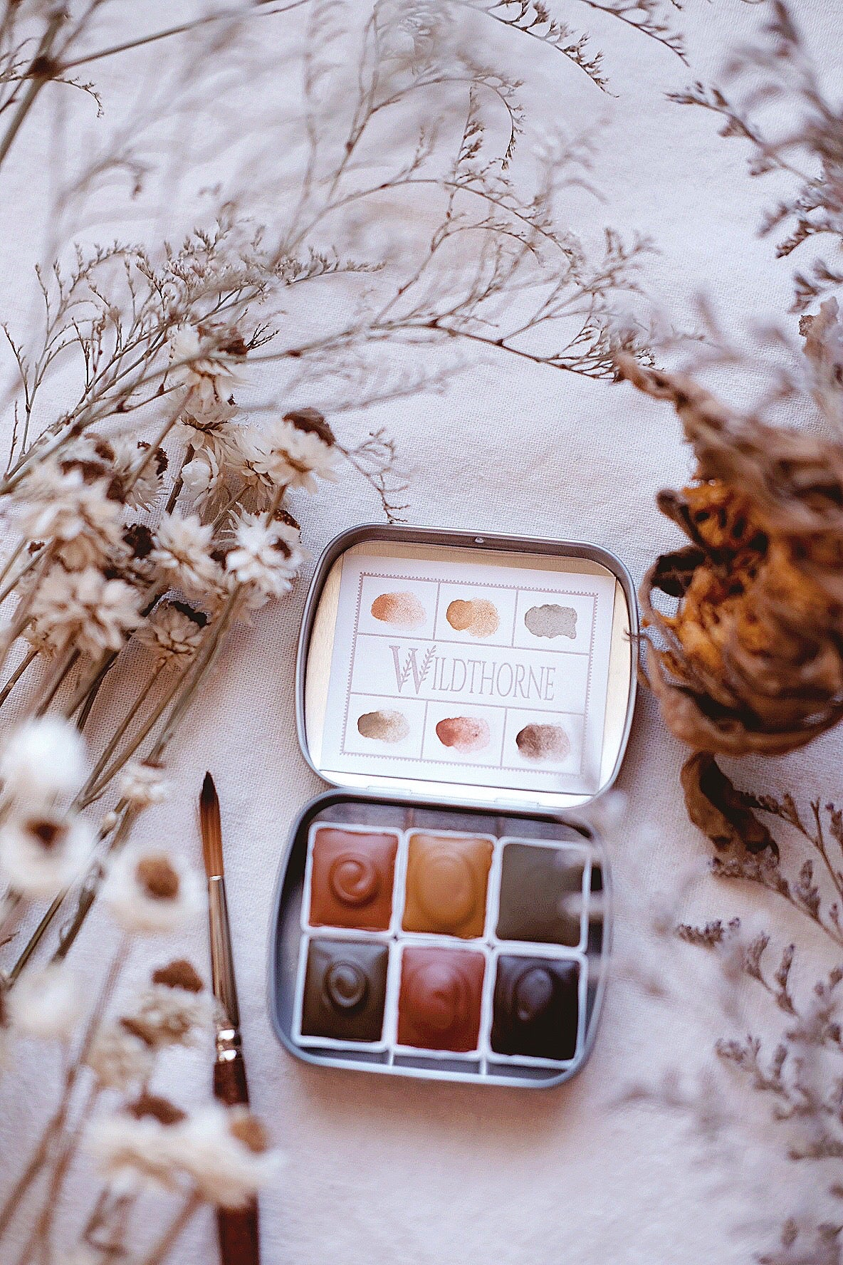 Chypre + earthy natural mineral watercolor palette