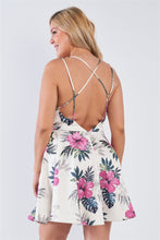 Carica l'immagine nel visualizzatore di Gallery, Plus Size Tropical Print Square Neckline Strappy Open Back Flare Mini Dress