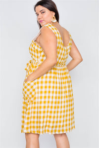 Plus Size Scoop Neck Side Pockets Gingham Midi Dress